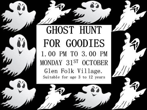 halloween-glen-folk-village